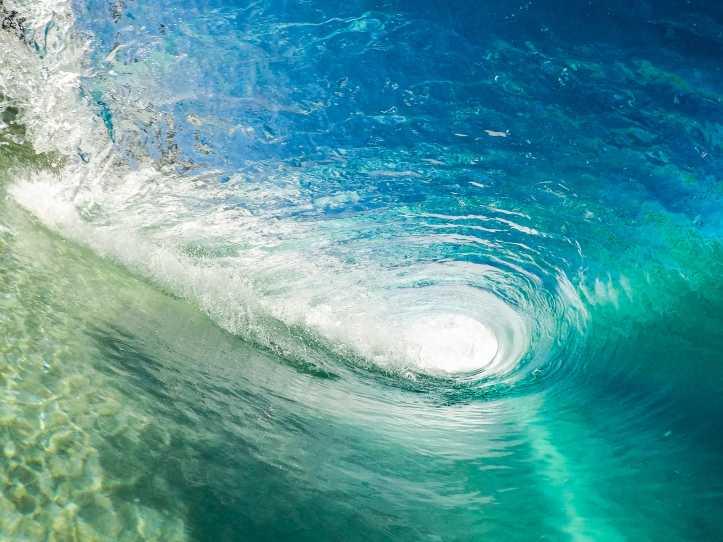 ぐるぐる波.jpg